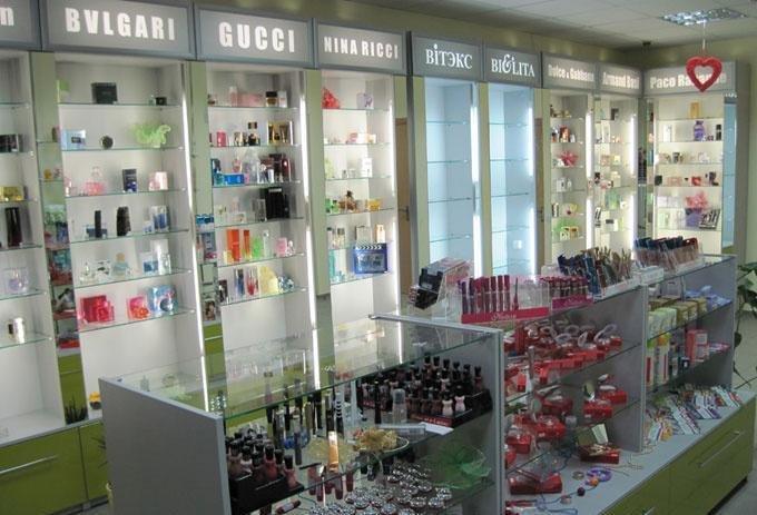 Мебель в магазин косметики