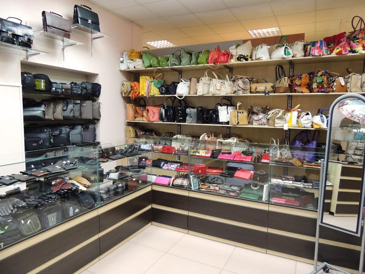 Торговая мебель в Киеве на заказ для магазина галантереи